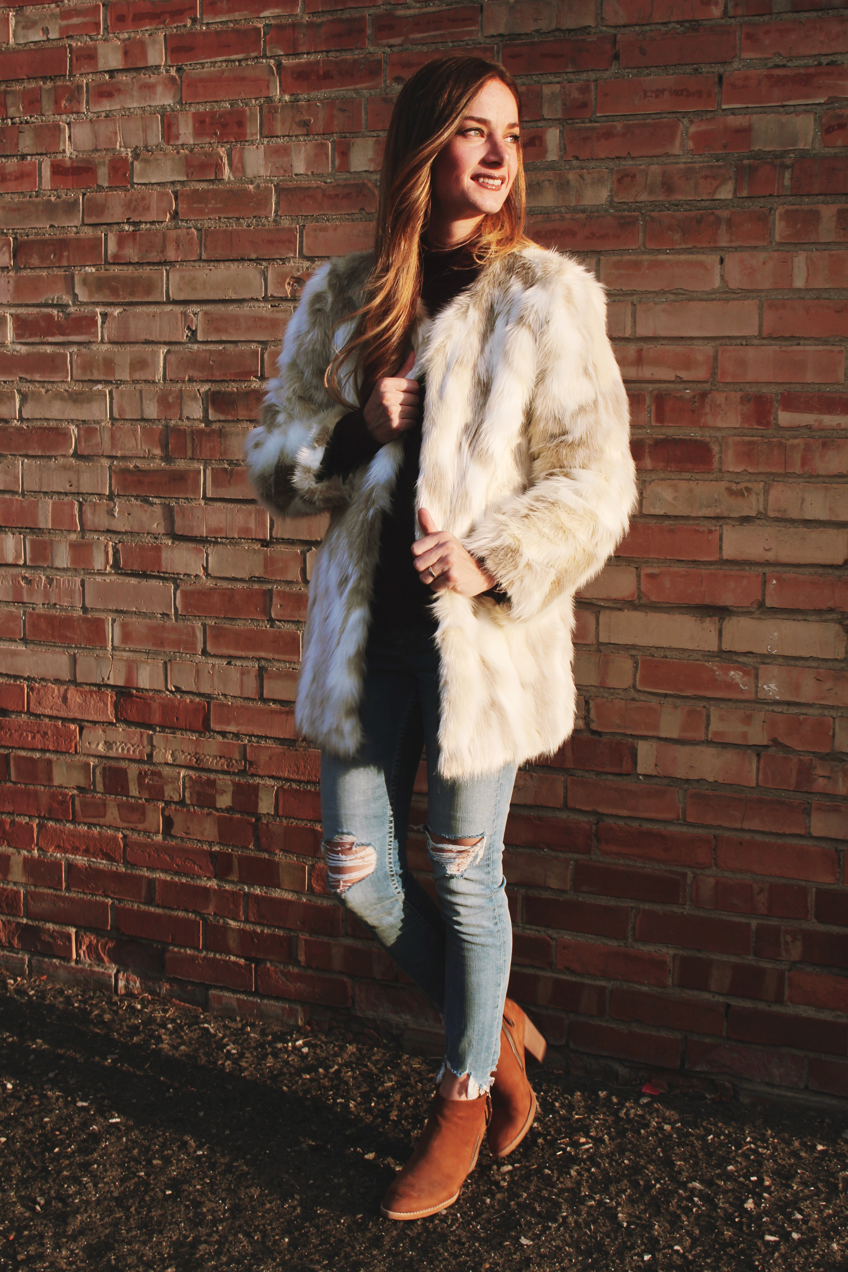 7a5f5ad6c Faux Fur Coat with Fabric.com | The Sara Project